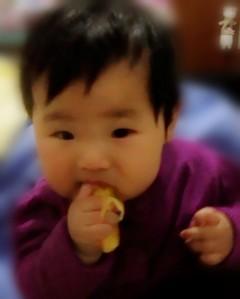 宝宝吃橙子